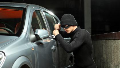 Sfaturi pentru a preveni furtul mașinii